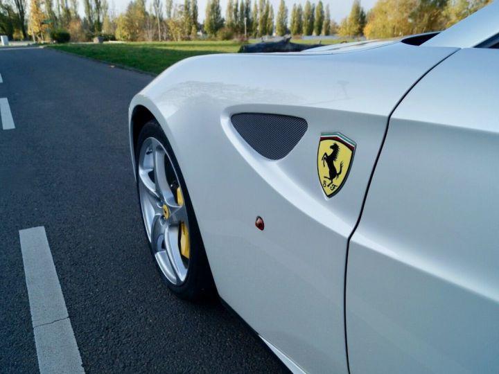 Ferrari FF Ferrari FF V12 6.3 660ch GPS/ 4X4 / Garantie 12 MOIS Livré TTC Blanc Nacré Métallisé tri couches - 8