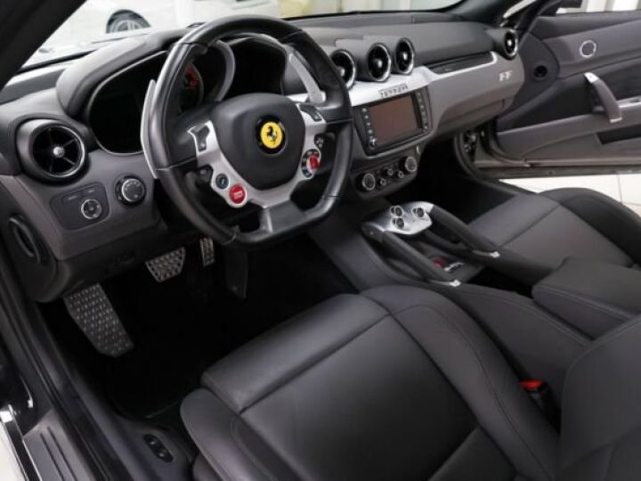 Ferrari FF Pack Sport Grigio silverstone - 11