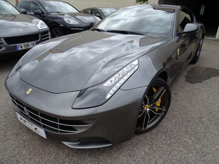 Ferrari FF V12 4M/Ceramique  Pack Carbone + Alcantara noir  Cameras Av et Ar ..... grigio silverstone met - 2