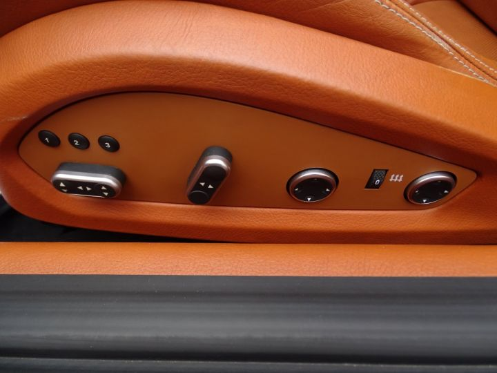 Ferrari FF V12 4M/Ceramique  Pack Carbone + Alcantara noir  Cameras Av et Ar ..... grigio silverstone met - 11