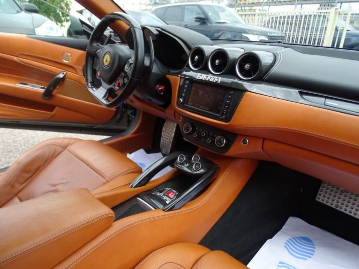 Ferrari FF V12 4M/Ceramique  Pack Carbone + Alcantara noir  Cameras Av et Ar ..... grigio silverstone met - 13