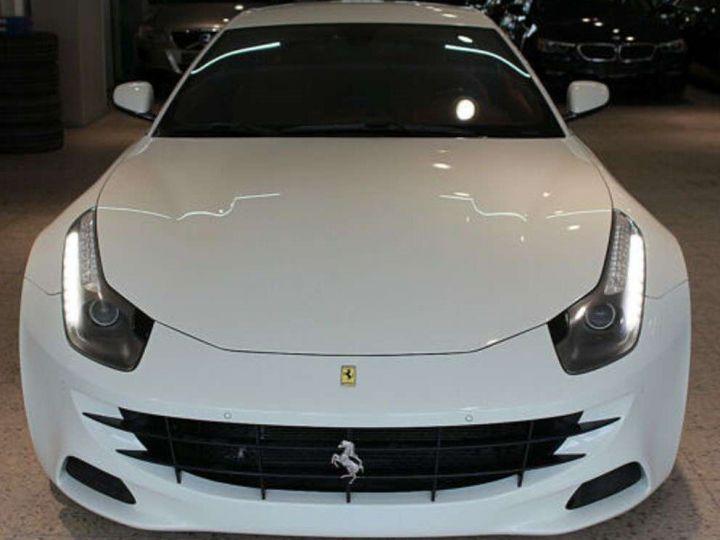 Ferrari FF V12 6.3 660ch 4X4/GPS/ Boite Auto 7 Vitesses *Pack sport - Cuir Rosso* Livré et garantie 12 mois Blanc - 1