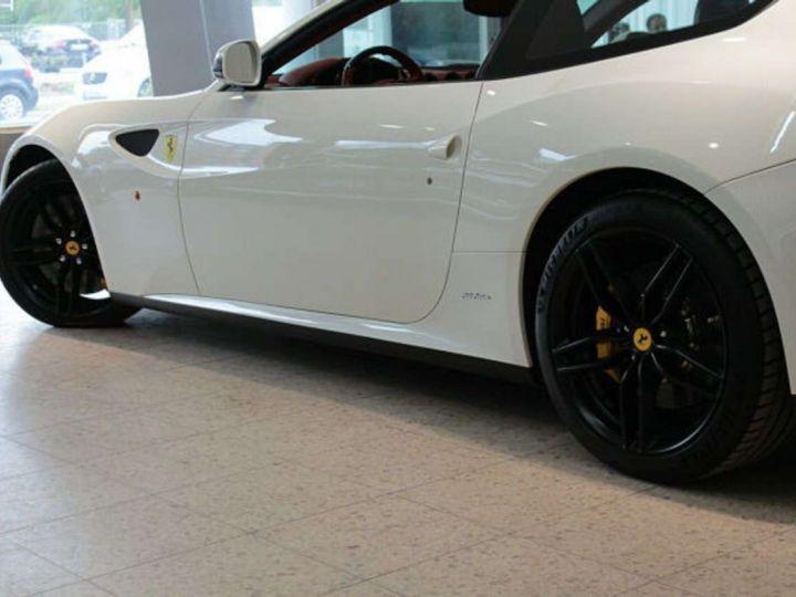 Ferrari FF V12 6.3 660ch 4X4/GPS/ Boite Auto 7 Vitesses *Pack sport - Cuir Rosso* Livré et garantie 12 mois Blanc - 13