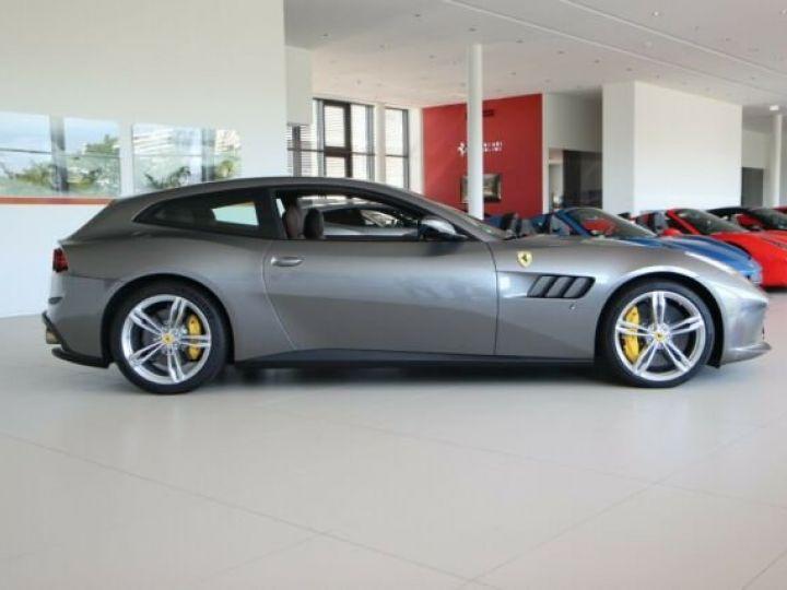 Ferrari GTC4 Lusso Grigio Ferro métal - 2