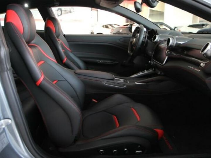 Ferrari GTC4 Lusso grigio titanium métal - 4
