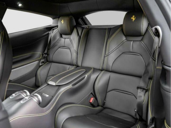 Ferrari GTC4 Lusso Apple Carplay Nero - 11
