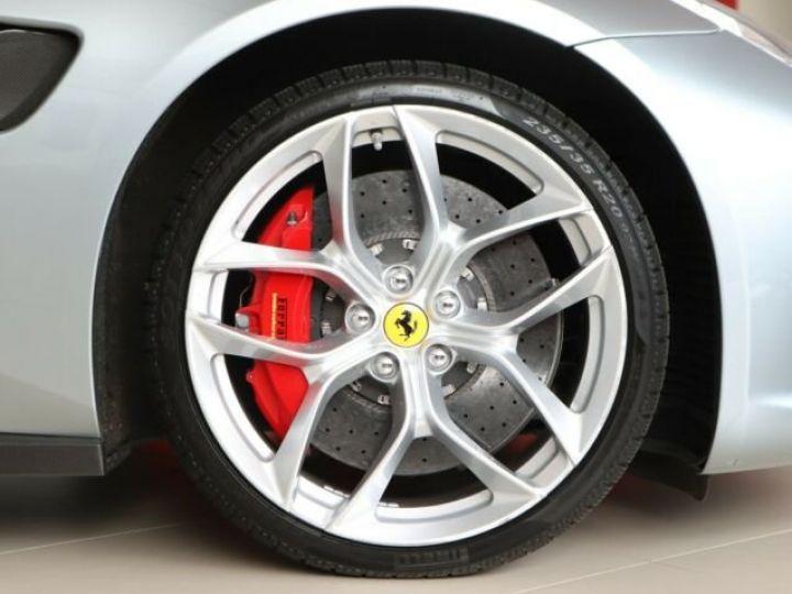 Ferrari GTC4 Lusso T Grigio Titanio métal - 19