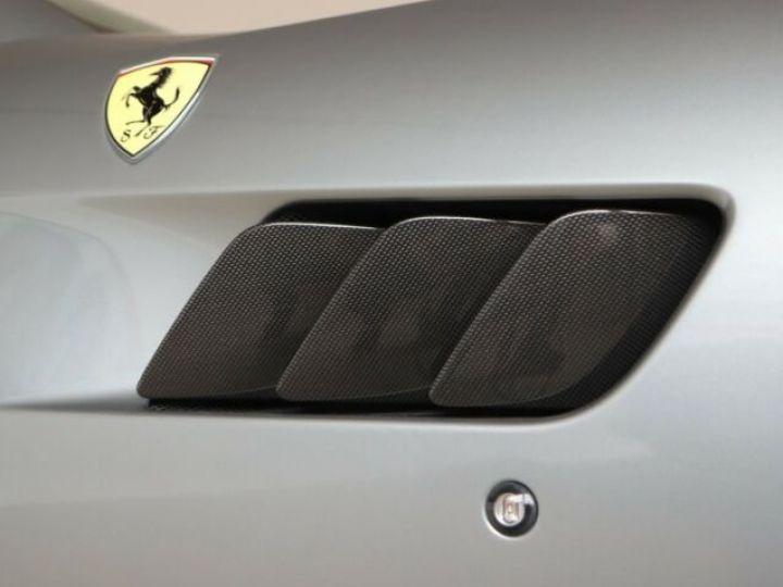Ferrari GTC4 Lusso T Grigio Titanio métal - 20