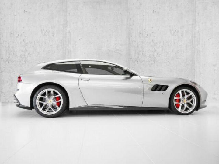 Ferrari GTC4 Lusso T V8 3.9 Grigio Titanio métal - 3