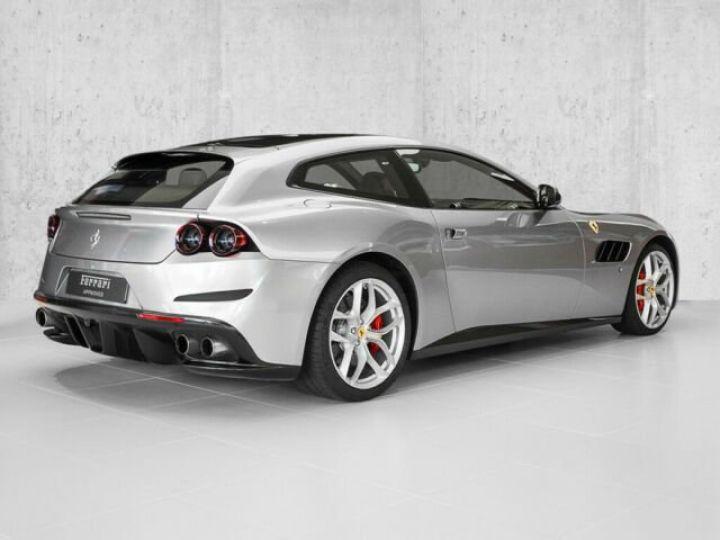 Ferrari GTC4 Lusso T V8 3.9 Grigio Titanio métal - 4