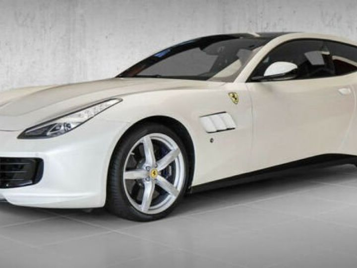 Ferrari GTC4 Lusso #toit panoramique en verre Bianco Italia - 1