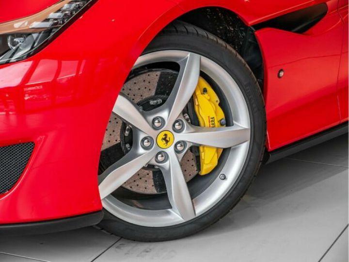 Ferrari Portofino Apple Carplay Rosso Corsa - 12