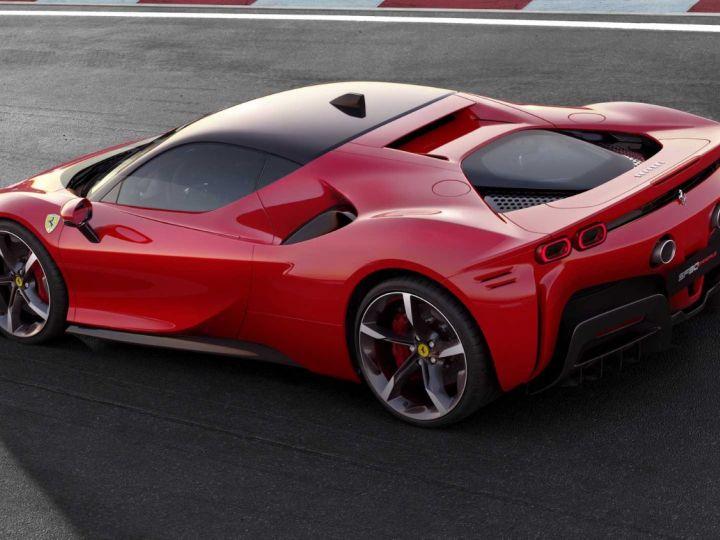 Ferrari SF90 Stradale  - 2