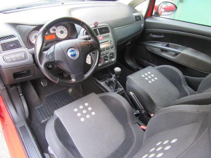 Fiat GRANDE PUNTO 1.9 MULTIJET 8V 130CH SPORT 3P ROUGE Occasion - 2