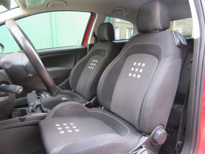 Fiat GRANDE PUNTO 1.9 MULTIJET 8V 130CH SPORT 3P ROUGE Occasion - 4