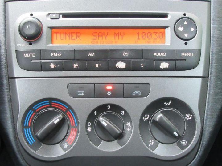 Fiat GRANDE PUNTO 1.9 MULTIJET 8V 130CH SPORT 3P ROUGE Occasion - 12