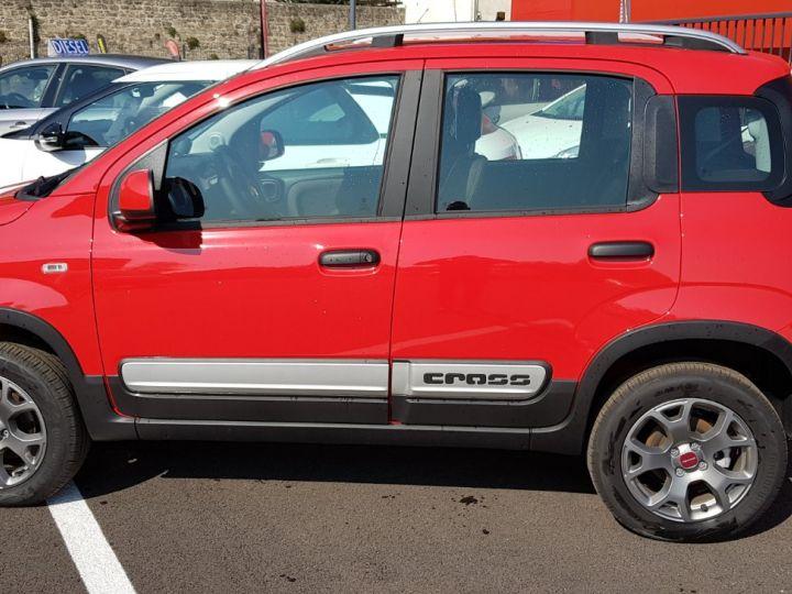 Fiat PANDA Panda (3) 0.9 Twin Air 85ch S/S Cross 4x4 Rouge - 10