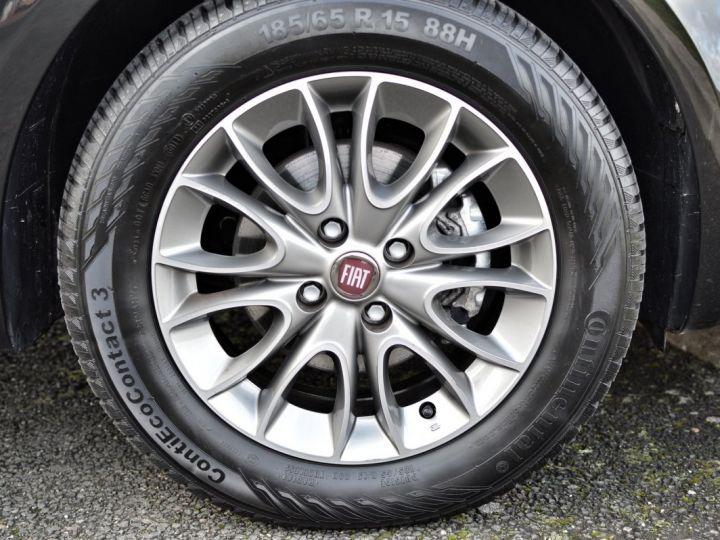 Fiat PUNTO AFFAIRE À SAISIR FIAT PUNTO 1.4 ESSENCE 105 1ère main BLUETOOTH CLIM PARFAIT ÉTAT 7000KMS RARE NOIR - 19