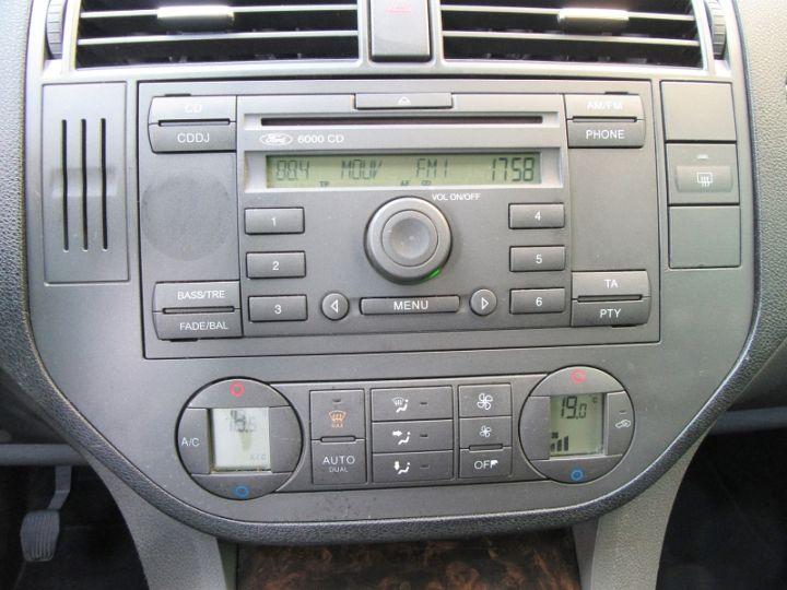 Ford C-MAX 1.6 TDCI 110CH GHIA GRIS CLAIR Occasion - 16