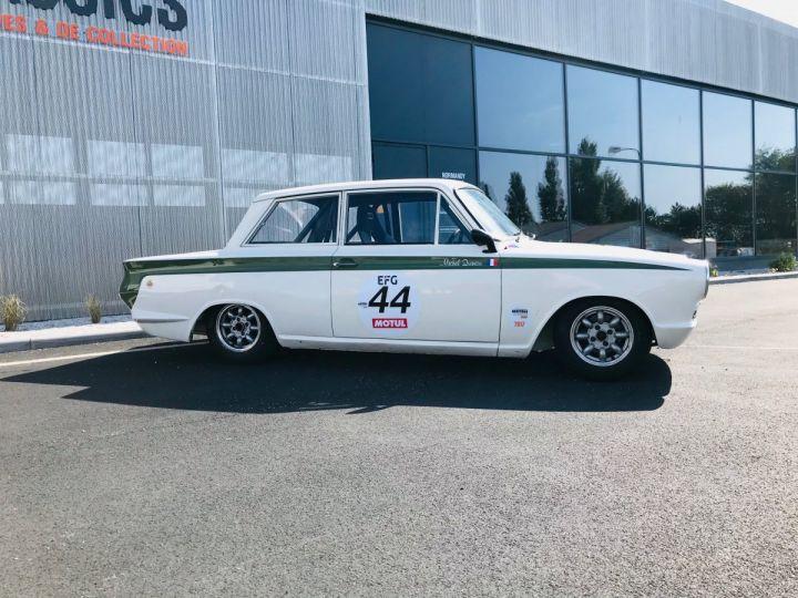 Ford Cortina BLANC - 2