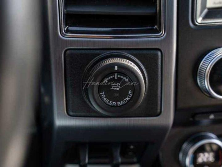 Ford Expedition Max Platinum **Exclusivité** 2019 V6 3.5 Ecoboost 405CV 8pl / FRAIS INCLUS Gris Foncé - 12
