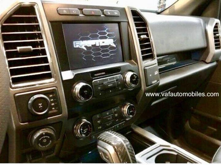 Ford F150 Raptor 450 CH Supercab V6 Ecoboost Twin Turbo  GRIS FONCE Vendu - 5