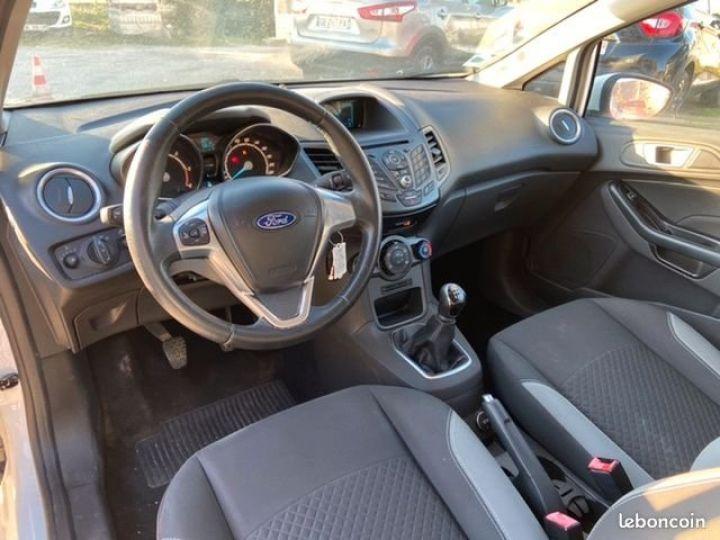 Ford Fiesta 1.5 tdci 75CH EDITION Blanc Occasion - 4