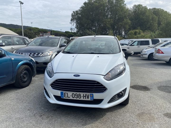 Ford Fiesta 1.5 TDCI 95CH TREND 3P Blanc - 1