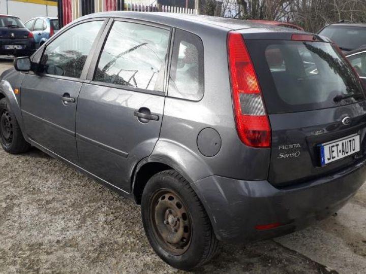 Ford Fiesta IV 4 1.3 69 SENSO 5P  - 7