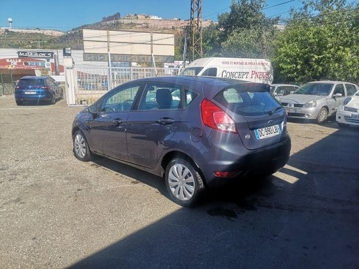 Ford Fiesta TITANIUM GRIS FONCE Occasion - 3