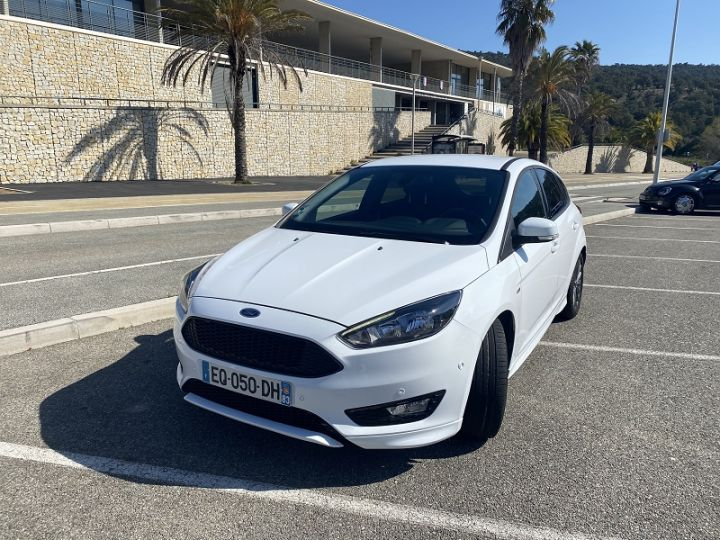 Ford Focus 1.0 ECOBOOST 125CH STOP&START EXECUTIVE Blanc - 1