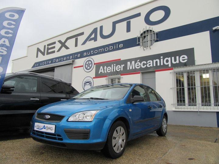 Ford Focus 1.6 100CH AMBIENTE 5P Bleu Clair - 1