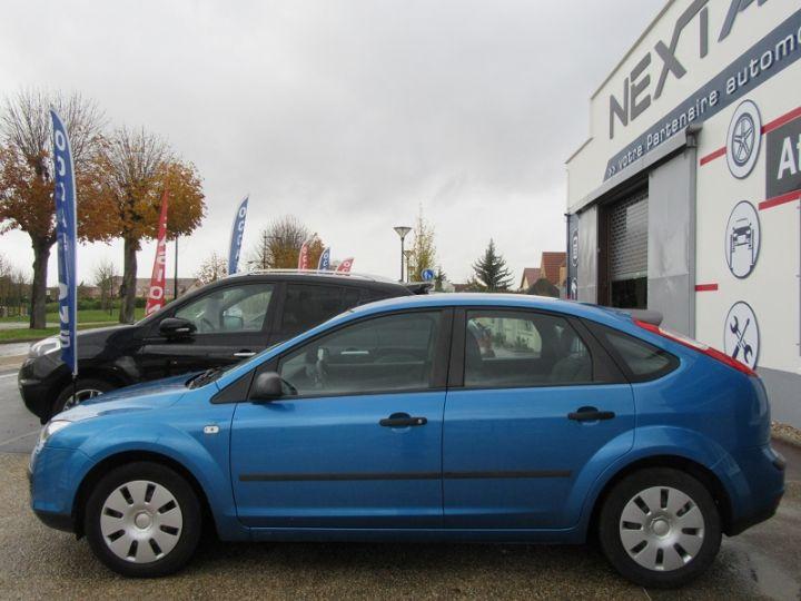 Ford Focus 1.6 100CH AMBIENTE 5P Bleu Clair - 5