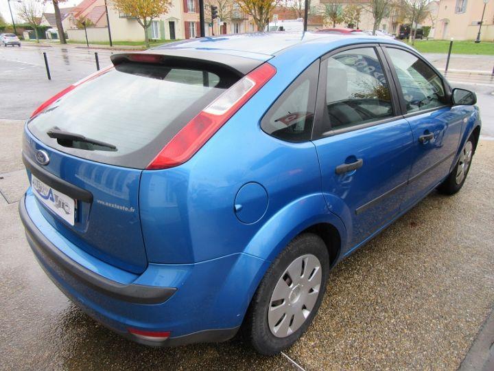 Ford Focus 1.6 100CH AMBIENTE 5P Bleu Clair - 7