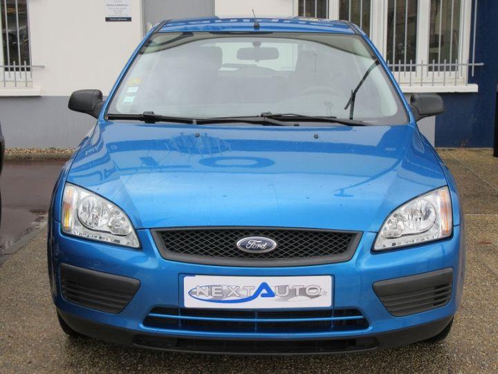 Ford Focus 1.6 100CH AMBIENTE 5P Bleu Clair - 10