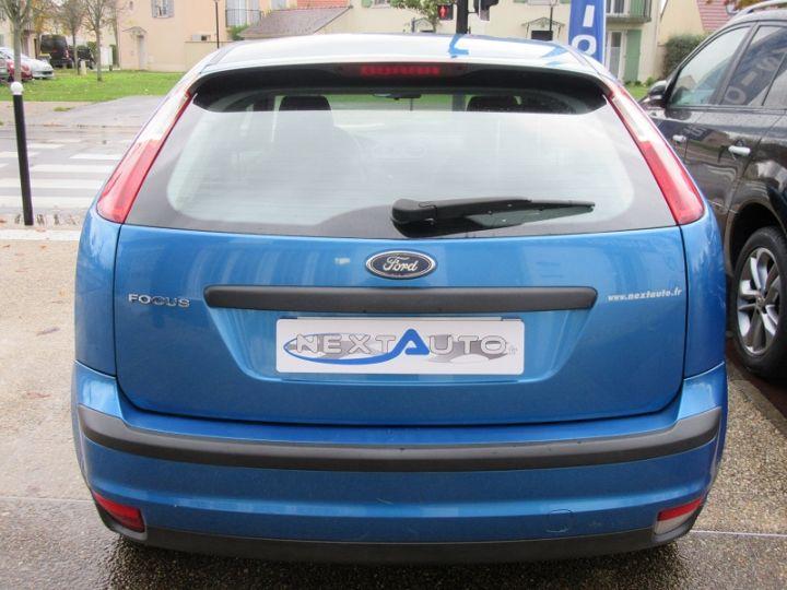 Ford Focus 1.6 100CH AMBIENTE 5P Bleu Clair - 12