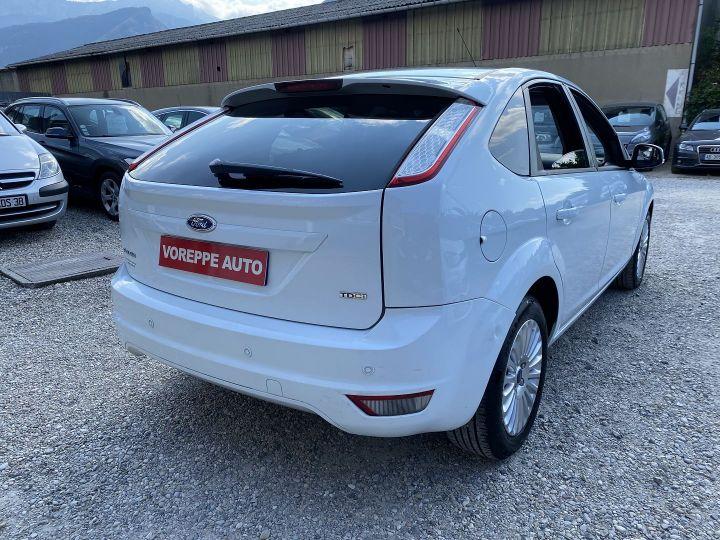 Ford Focus 1.6 TDCI 90CH TITANIUM Blanc - 4