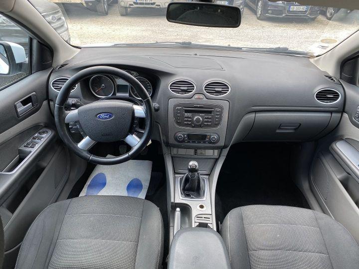 Ford Focus 1.6 TDCI 90CH TITANIUM Blanc - 9