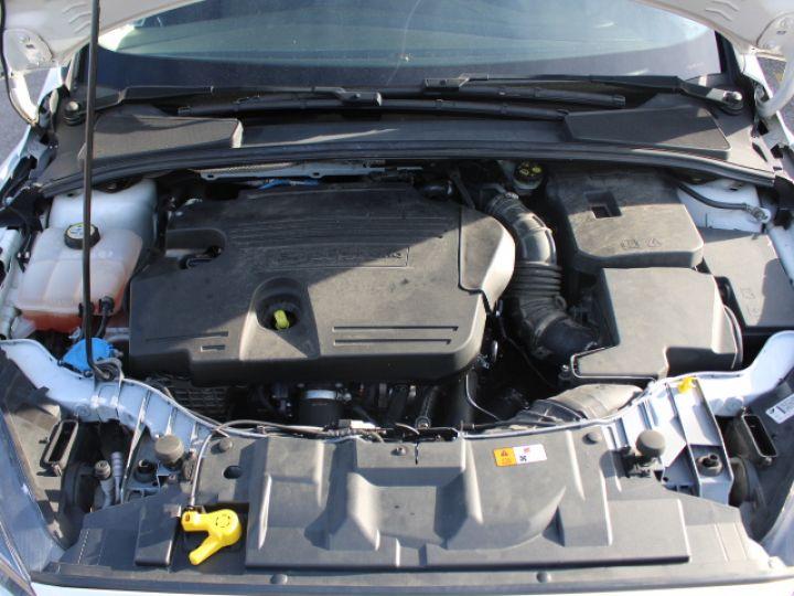 Ford Focus SW 2.0 TDCI 150 S&S Titanium PowerShift Blanc - 5
