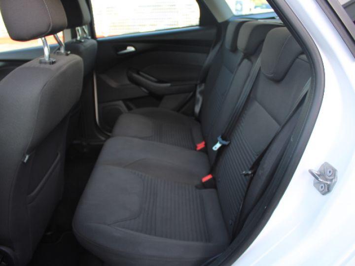 Ford Focus SW 2.0 TDCI 150 S&S Titanium PowerShift Blanc - 6
