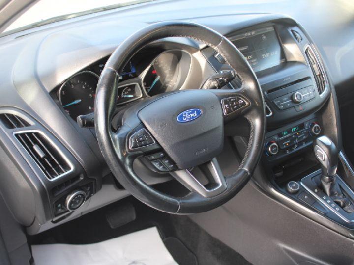 Ford Focus SW 2.0 TDCI 150 S&S Titanium PowerShift Blanc - 13