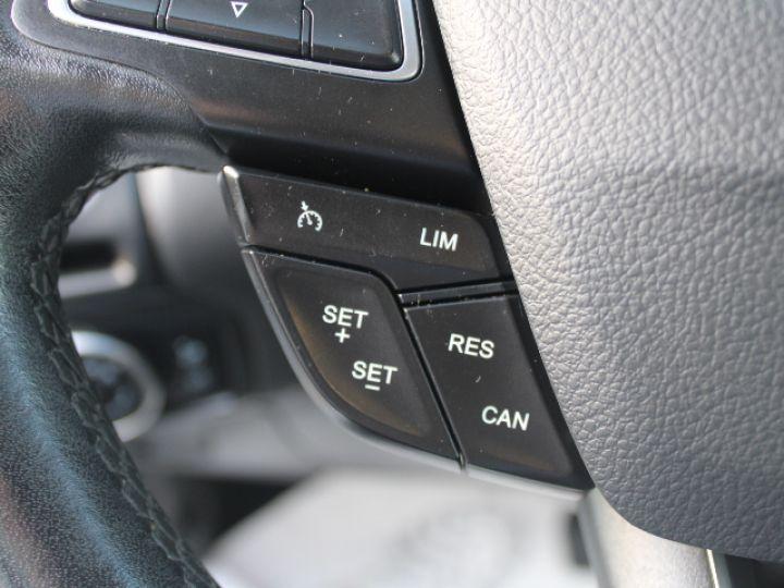 Ford Focus SW 2.0 TDCI 150 S&S Titanium PowerShift Blanc - 21