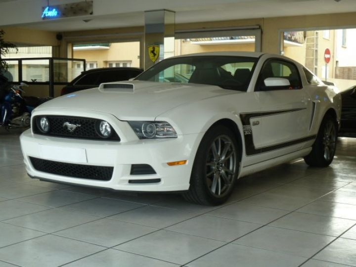 Ford Mustang COUPE GT 5.0 L V8  BLANC - 5