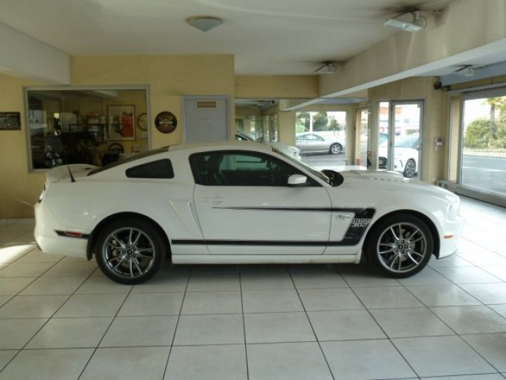 Ford Mustang COUPE GT 5.0 L V8  BLANC - 7