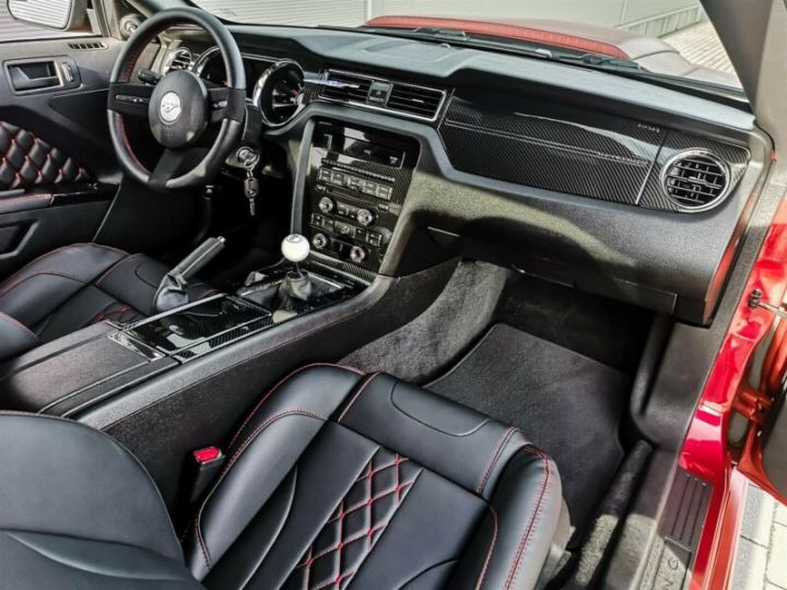 Ford Mustang Fastback 3.7l V6 BVA ROUGE - 25