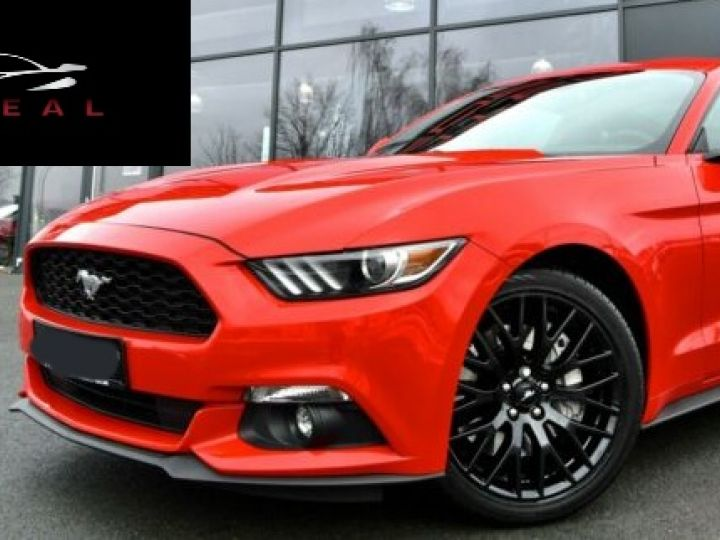 Ford Mustang Fastback Coupé 2.3 EcoBoost ROUGE - 19