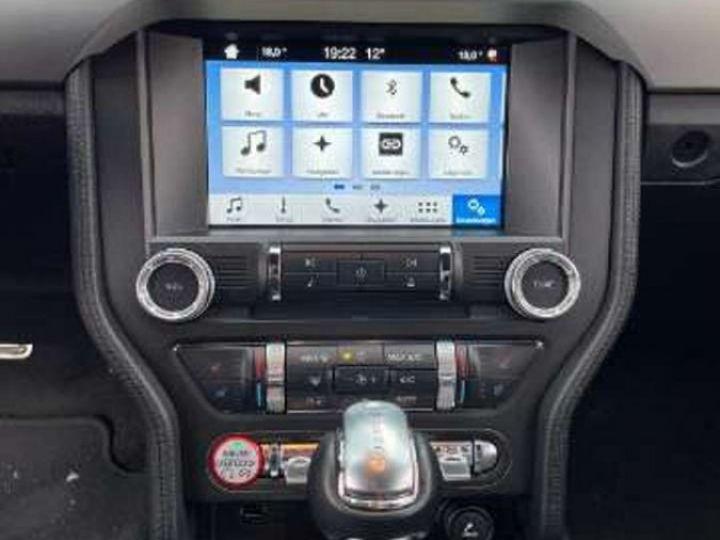Ford Mustang  Fastback VI 5.0 V8 421ch GT BVA6 Garantie & Livrée Noir Métal - 4