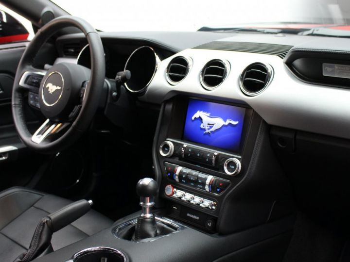 Ford Mustang Ford Mustang fastback 5.0 V8 / 11000 kms / Pack Prenium / Pack Hif Shaker / CAMERA BLACK SHADOW Occasion - 20