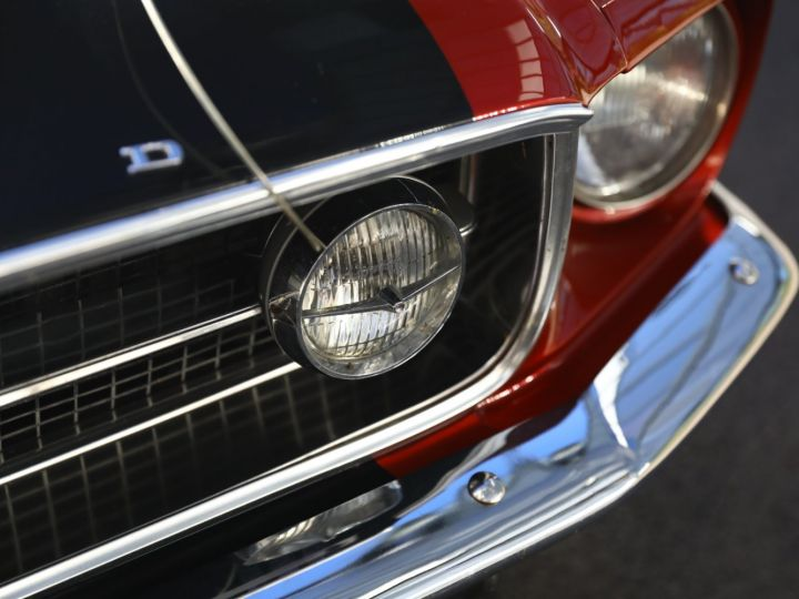 Ford Mustang FORD MUSTANG HARD TOP 1967 / MOTEUR 302 CI / BVA / ECHAPPEMENT SPORT / ENTRETENUE Bordeaux - 16