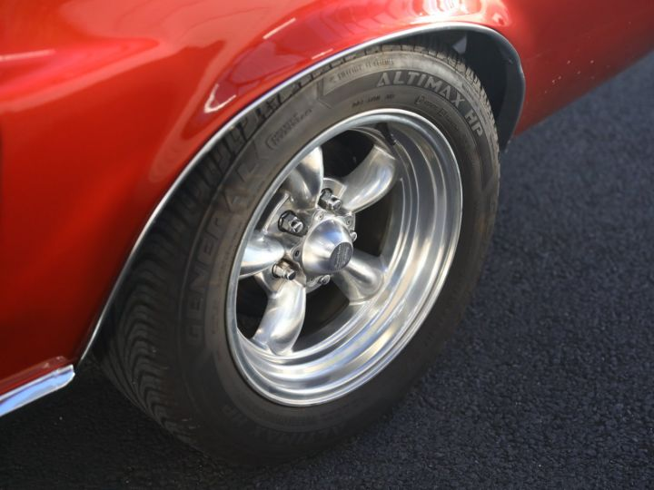 Ford Mustang FORD MUSTANG HARD TOP 1967 / MOTEUR 302 CI / BVA / ECHAPPEMENT SPORT / ENTRETENUE Bordeaux - 23